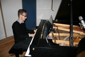 piano-recording-at-keusgen-dtudios